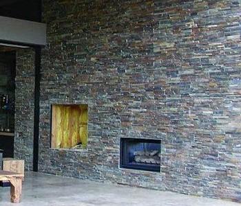 fasáda přírodní kámen