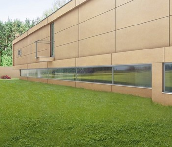 fasády z velkoformátových obkladů