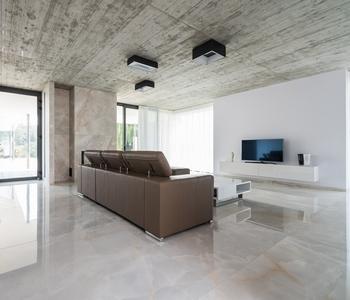 velkoformatova dlazba obyvaci pokoj